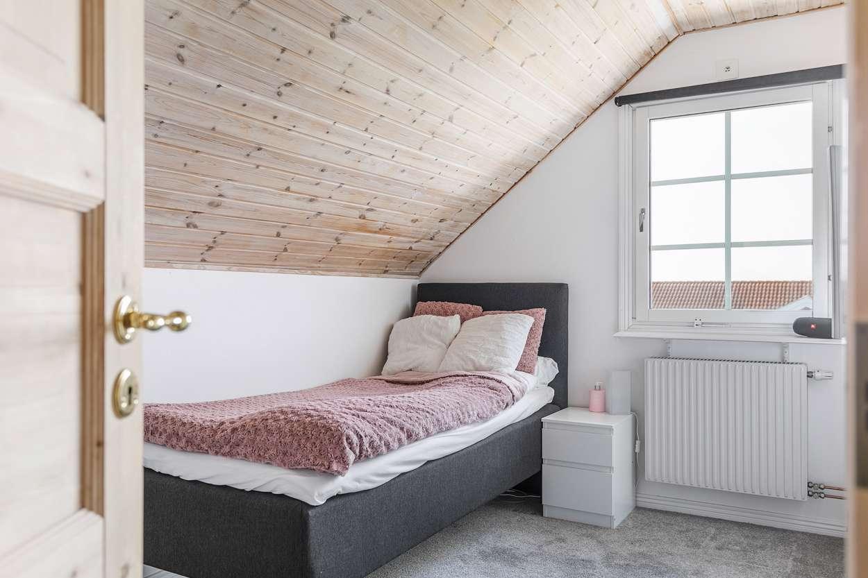 Det tredje sovrummet. Snyggt och trivsamt!