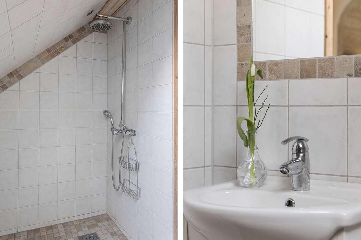 Wc/dusch på ovanvåningen