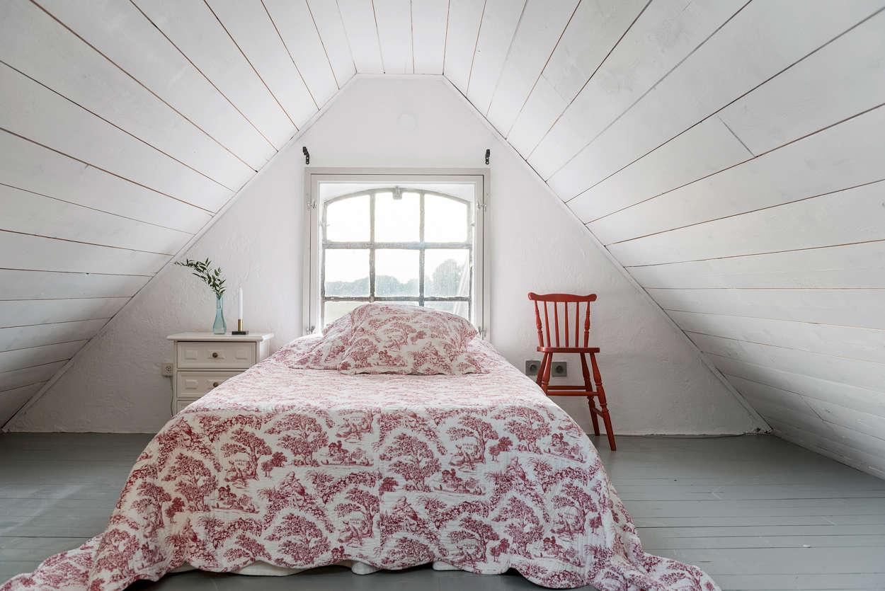 Sovrummet på övervåningen.