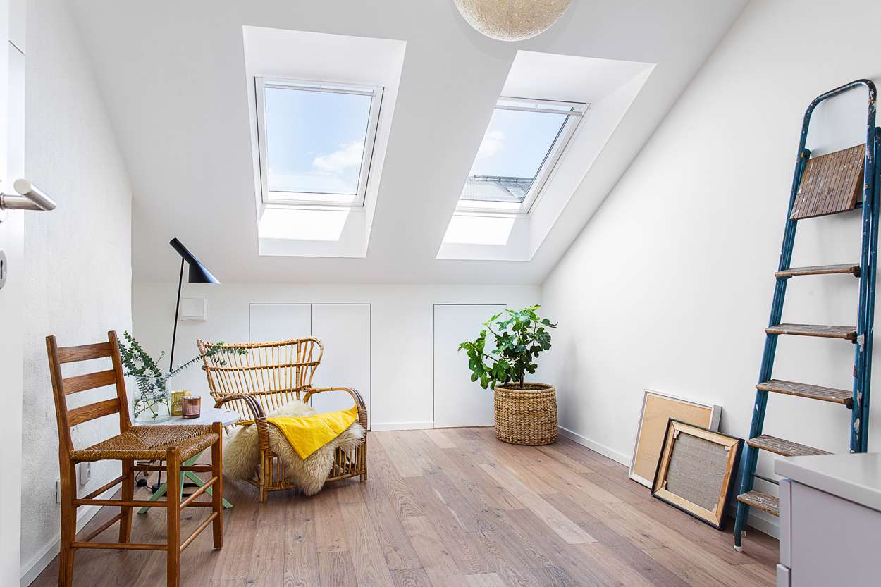 Roslagsgatan 23 - vind - Erik Olsson fastighetsförmedling : takfönster : Fönster