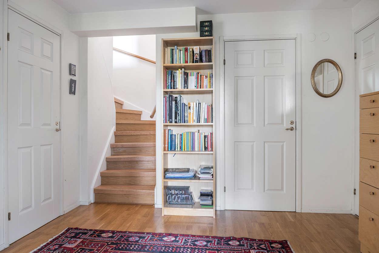 Trappa till nedervåningen