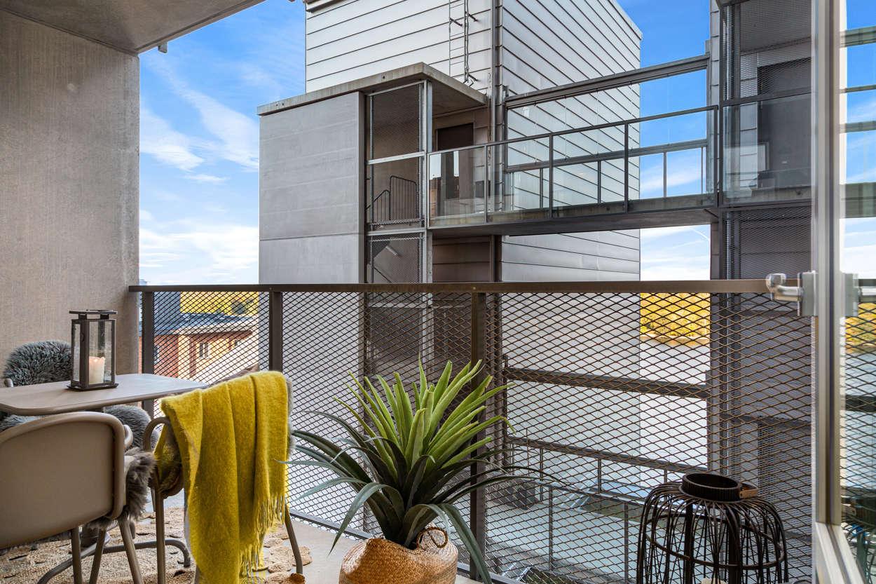 Rymlig balkong