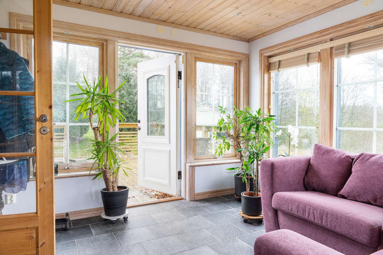 Hall och veranda